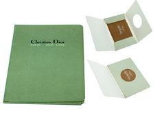 1950 - CHRISTIAN DIOR, des bas couleur chair, collection privée © Solo-Mâtine