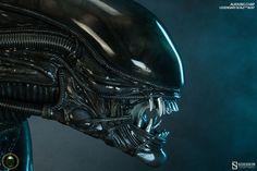 Alien Alien Big Chap Legendary Scale(TM) Bust by Sideshow Co | Sideshow Collectibles