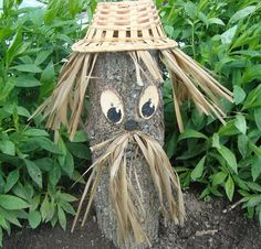 Decorating stumps keeps your yard attractive and functional while you are waiting for the tree trunks and roots to decay