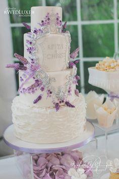 Creatively Glamorous Wedding Ideas - wedding cake. photo: Mango Studios