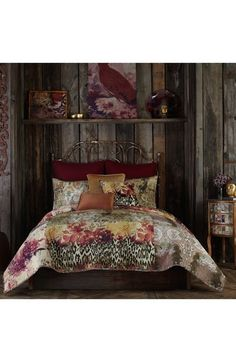 Bring an eclectic, bohemian vibe to any bedroom with this abstract printed quilt from Tracy Porter. Floral, paisley and animal prints cover this gorgeous patchwork design quilt to add a unique and sty King Quilt Bedding, Twin Quilt, Queen Quilt, King Quilts, Tracy Porter, Online Bedding Stores, Quilt Sets, Boutique, Cotton Quilts