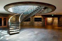 interiorentscheidungen für wendeltreppe holz stein materialien