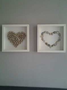 Stone hearts in the Ikea picture frame - DIY - amazing craft Ikea Photo Frames, Ikea Picture Frame, Picture Frame Crafts, Seashell Art, Seashell Crafts, Beach Crafts, Stone Crafts, Rock Crafts, Deco Marine
