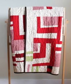 Red and White Linen Modern Quilt. Handmade by PeppermintPinwheels