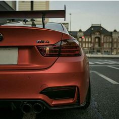 $tuningcars - Tuning Car Pictures ///M4 ▶ @Majishin4 🎬 Follow #IG_BMW 🎬 ➖➖➖➖➖➖➖➖➖➖➖➖➖➖➖➖ #Bmw #Bmwnation #BmwM… #neoncar