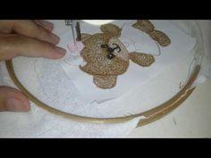 Bordando nome com máquina de costura doméstica # Costuras e bordados com Elisa Crochê - YouTube Free Motion Embroidery, Machine Embroidery, Thread Art, Punch Needle, Ribbon Embroidery, Simple, Pedal, Youtube, Instagram