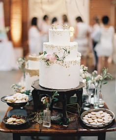 white gold cake