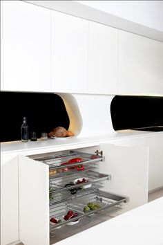Great kitchen storage solutions adapted to the client's needs.