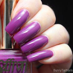 Saffron 45: BunnyTailNails: SannaTaraNailArt