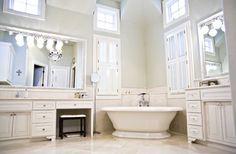 Elegant Masterbath traditional bathroom