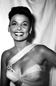 The beautiful & classy, Lena Horne, great singer,love her voice