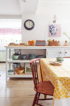 STYLECASTER | Kitchen Ideas | Modern Kitchen Deigns | Kitchen Inspo | How to Make Your Kitchen More Modern | at[mine]