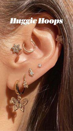 Pretty Ear Piercings, Ear Peircings, Three Ear Piercings, Unique Ear Piercings, Different Ear Piercings, Piercings For Girls, Daith Piercing Jewelry, Nose Jewelry, Jewelry Bracelets