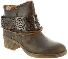 Pikolinos Lyon Scarf (Women's) #boots #affiliate
