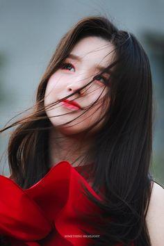 Check out Rain @ Iomoio Kpop Girl Groups, Korean Girl Groups, Kpop Girls, Ulzzang, Sooyoung, Loona Kim Lip, Hot Pink, Best Kpop, Olivia Hye