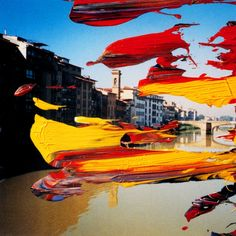 The Edition Firenze, consisting of 99 photographs painted over individually with oil paint, is based on 3 personal photographs Richter took on the banks of the river Arno in 1999.