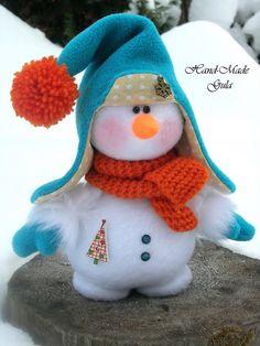 Photo - Her Crochet Christmas World, Christmas Makes, Felt Christmas, Christmas Snowman, Christmas Crafts, Christmas Wreaths, Sock Snowman, Snowman Crafts, Snowmen