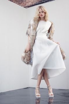 Theyskens' Theory Resort 2014 Collection Slideshow on Style.com