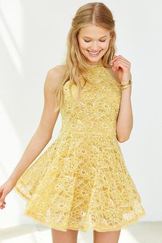 Shop Urban Outfitters to find the perfect party dress. No matter if you're looking for a sequin holiday dress or a white graduation dress we have you covered! Casual Dresses, Short Dresses, Girls Dresses, Summer Dresses, Prom Dresses, Dress Skirt, Dress Up, Urban Dresses, Fit Flare Dress