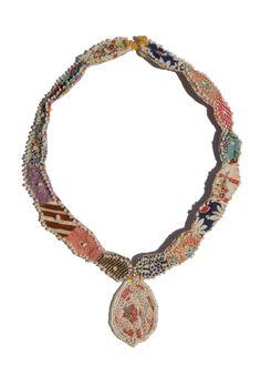 Textile Jewelry, Paper Jewelry, Fabric Jewelry, Jewelry Crafts, Jewelry Art, Beaded Jewelry, Jewelry Design, Beaded Necklace, Jewellery