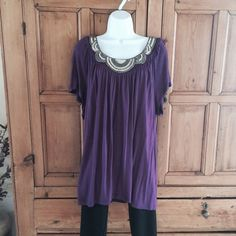 Apt. 9 Embellished Tee Apt. 9 Embellished Tee. Beautiful plum color with beads and sequin accent around neckline.   Very soft flowing rayon material. Looks beautiful with black leggings and flats or heels. Worn once, brand new condition. Apt. 9 Tops Tees - Short Sleeve