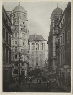 The Savoy Hotel, 1900, taken from Exeter Street