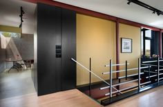 what a cool handrail - OK case study house