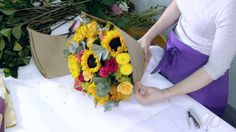 How to arrange an Enchanted Roses and Sunflowers Bouquet - YouTube