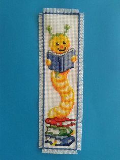 Geborduurde boekenlegger My Bookmarks, Cross Stitch Bookmarks, Cross Stitch Charts, Cross Stitch Designs, Cross Stitch Patterns, Cross Stitching, Cross Stitch Embroidery, Hand Embroidery, Cross Stitch Pillow
