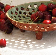 Pottery Berry Bowl - Fruit Colander-Serving Bow - This ceramic fruit bowl is hand built from white clay, cut and decorated with green glaze. Hand Built Pottery, Slab Pottery, Ceramic Pottery, Pottery Art, Thrown Pottery, Pottery Studio, Pottery Wheel, Large Fruit Bowl, Ceramic Fruit Bowl