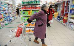 Минималац у Србији није повећан две године - http://www.vaseljenska.com/ekonomija/minimalac-u-srbiji-nije-povecan-dve-godine/