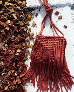 277 отметок «Нравится», 18 комментариев — Юля (@knit_co) в Instagram: «I ❤️ making bags любовь в каждом шаге - выбрать ниточку -влюбиться в неё, связать, продумать детали…»