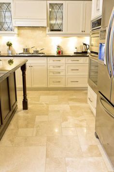 Alara Crema - traditional - floor tiles - toronto - Hermes Mozaik Stone Tile and Marble Click the link to visit our site Best Flooring For Kitchen, Wood Floor Kitchen, Kitchen Tiles, New Kitchen, Kitchen Decor, Kitchen Floor Tile Patterns, Floor Design, Tile Design, Layout