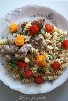 Turkey in gorgonzola sauce with pasta Gorgonzola Sauce, Pasta Salad, Turkey, Ethnic Recipes, Food, Crab Pasta Salad, Turkey Country, Essen, Meals