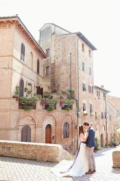 Image by  Emm and Clau - A destination wedding in Italy with a purple colour theme and photography by Emm & Clau