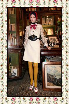 Gucci Pre-Fall 2017 Fashion Show Collection: See the complete Gucci Pre-Fall 2017 collection. Look 67 I Love Fashion, Colorful Fashion, Fashion 2017, Runway Fashion, High Fashion, Autumn Fashion, Fashion Design, Gucci Pre Fall 2017, Gucci 2017