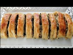BU BÖREĞE BAYILICAKSINIZ ŞAHANE BİR ISPANAKLI BÖREK TARİFİ/BETÜLÜN MUTFAK AŞKI - YouTube Pastry Recipes, Jam Recipes, Dessert Recipes, Spanish Cake Recipe, Turkish Recipes, Ethnic Recipes, Sprinkles Recipe, Spanish Kitchen, Ramadan Recipes