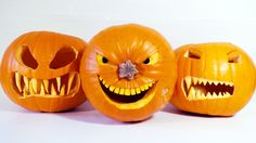 How to Make Halloween Pumpkins - http://decorating-hq.com/how-to-make-halloween-pumpkins/