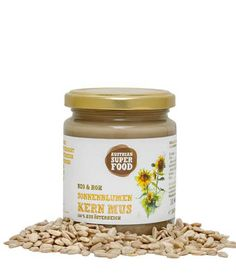 Hemp as a real superfood! Lactose and gluten free. The organic and raw hemp nut Mus from Schalk-Mühle contains more than unsaturated fatty acids and almost proteins. The ideal companion for a Protein, Vegan Desserts, Superfoods, Candle Jars, Organic, Diet, Healthy, Recipes, Vegetarian Cooking