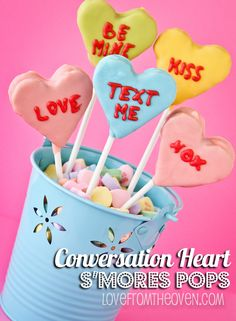 Conversation Heart S'more Pops. Everyone will love these adorable Valentines Day desserts!