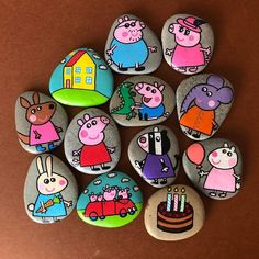Peppa Pig Toys Birthday gift for Toddlers Montessori Story Stones Custom Made Mummy Pig Peppa Pig Painting, Peppa Pig Drawing, Story Stones, Pig Birthday, Birthday Gifts For Girls, Peppa Pig Jouet, 4 Year Old Toys, George Pig, Rock Painting Designs