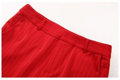 Red sleeveless striped shirt & straight pants two piece suit