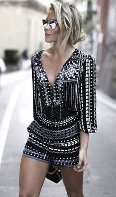 Details: V neck Three quarter sleeve Material:Polyester Regular wash Free Shipping ! We accept Visa ,MasterCard and Paypal . SIZE(CM) US BUST LENGTH S 2 88 73 M 4/6 92 74 L 8/10 96 75 XL 12/14 100 75