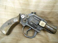Constable's Clockwork Revolver steam punk WORKING cap gun