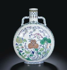 A RARE DOUCAI 'FLOWERS OF THE FOUR SEASONS' MOONFLASK. QING DYNASTY, QIANLONG PERIOD Ht 26.8 cm