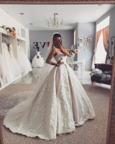 Strapless Long Wedding Dresses Bridal Gowns with Appliques Top Wedding Dresses, Wedding Dress Trends, Gorgeous Wedding Dress, Princess Wedding Dresses, Bridal Dresses, Sweetheart Wedding Dress, Wedding Ideas, Bridesmaid Dresses, Prom Dresses