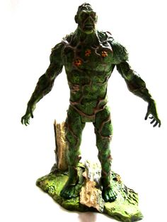 DC-Universe Classics Swamp Thing