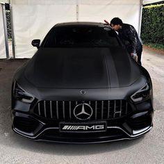 BLACK ✖️ MAMBA! #superautos365 #AMGGT63s @rokenr . . #Mercedes #amggt #amg63 #mercedesamgGt #gt63 #amggt4 #amggt4door #москва #Luxure