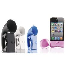 Amplificateur de son pour iPhone. Aucune batterie, posez votre iPhone dessus et écoutez.