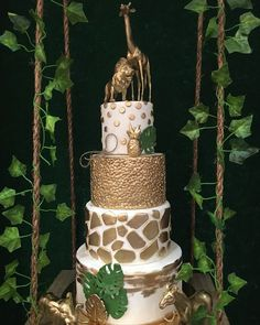 This but much Smaller scale Safari Baby Shower Cake, Deco Baby Shower, Baby Shower Giraffe, Baby Shower Cakes, Baby Shower Themes, Baby Shower Decorations, Shower Ideas, Baby Showers, Wedding Showers